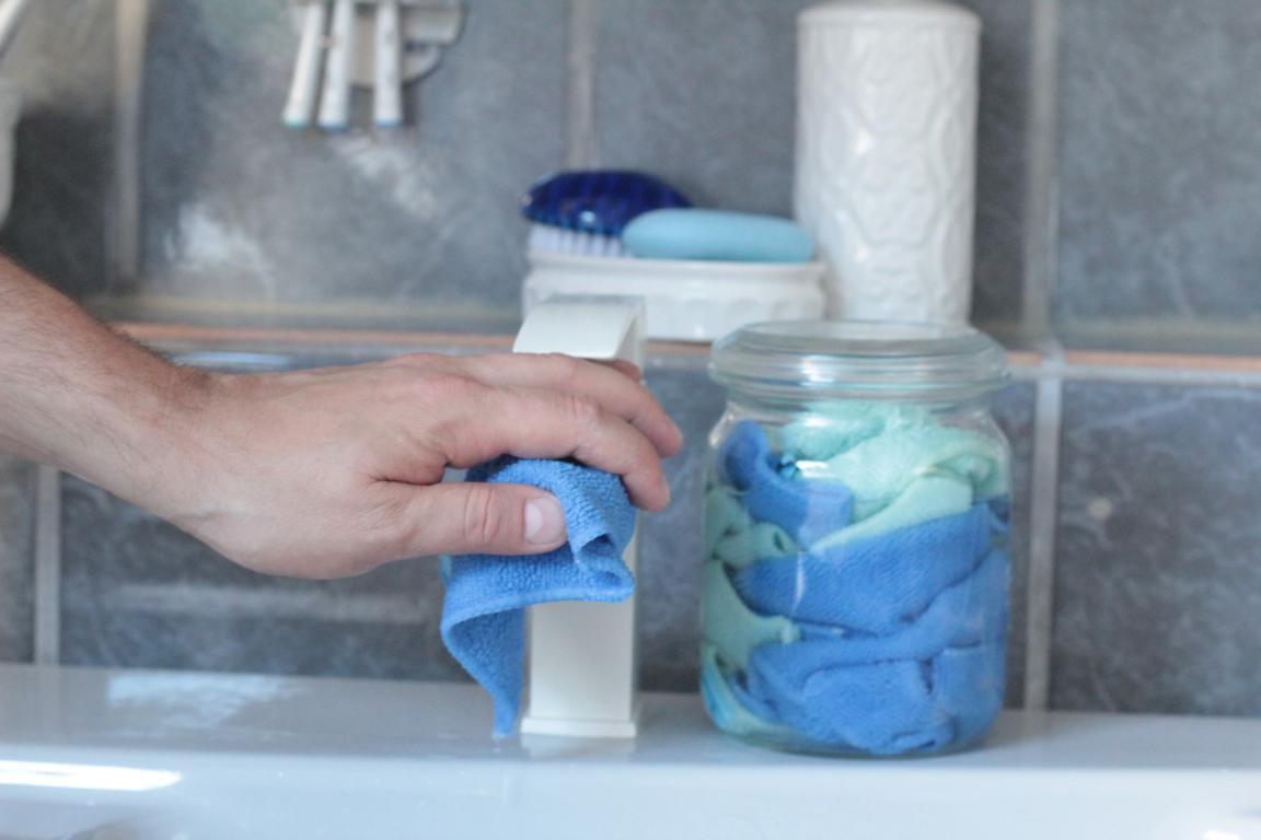 feuchte Reinigungstücher